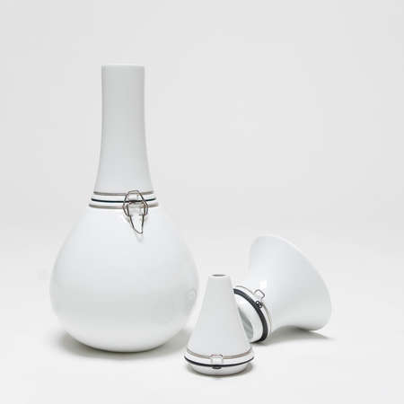 Shape-Shifting Vases