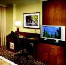 High-Tech Hotels