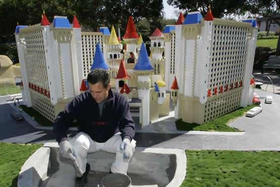 Mini Las Vegas >> Lego Innovations Legoland Presents Mini Las Vegas
