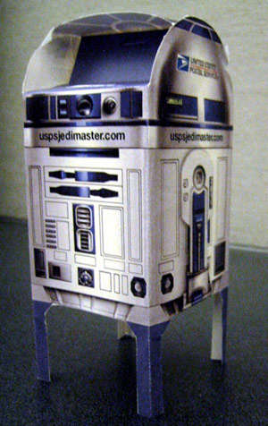 Make Your Own Paper R2-D2 Mailbox For Free