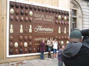 Delectable Dessert Advertising - World's First Chocolate Billboard