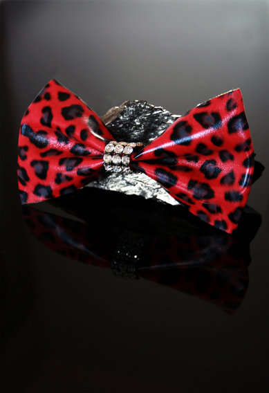 Bow Tie Brooches