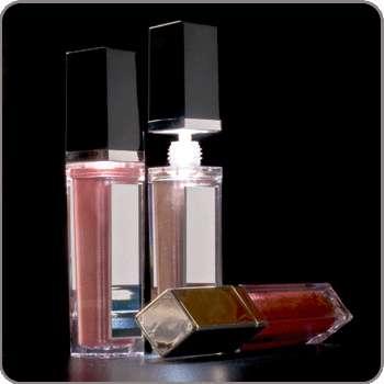 Illuminating Lip Gloss