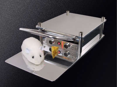 Robotic Mousetraps