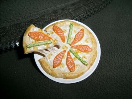 Food as Fashion Accessories