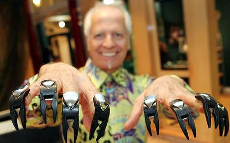 Haircutting Clawz - Scissorhands-Like Razor Clad Fingertips Style and Cut Coifs Quickly