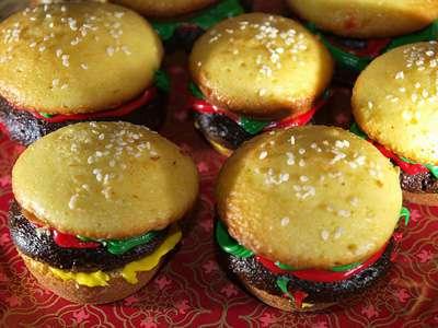 25 Heavenly Hamburgers