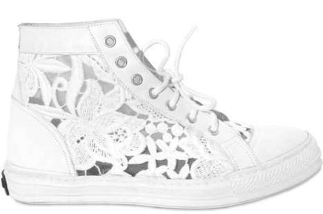 Doily High-Tops