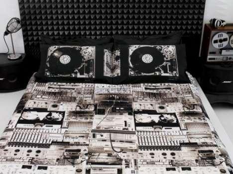 DJ Sleeping Gear