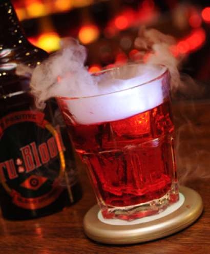 Bloody Drinks - The Tru Blood Drink Will Bring Out Your Inner Vampire (UPDATE)
