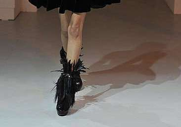 Full Feathered Boots