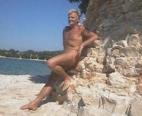 27 Naughty Nudist Finds