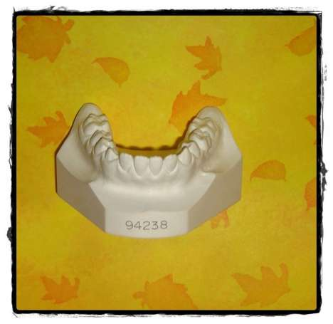 Selling Molars for Money - Sell Your Mouth Molds as to Creepydolls and Get Cash