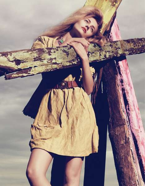 Driftwood-Hugging Fashiontography