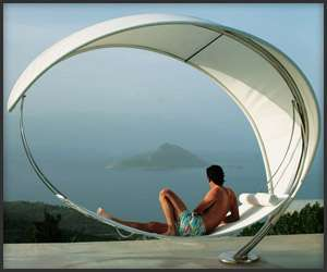 The Petiole Hammock is Safe Sun Relaxation