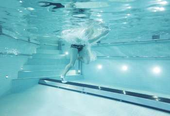 Underwater Running Tracks