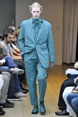 Victorian Smurf Fashion