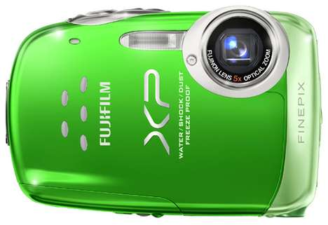 Mini Underwater Cameras - The Fujifilm Fine Pix XP10 is a Durabe, Dunkable Delight