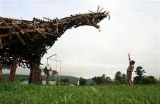 Wooden Prehistoric Reptiles - The 'Vermontasaurus' by Brian Boland is a Recycled Work of Art