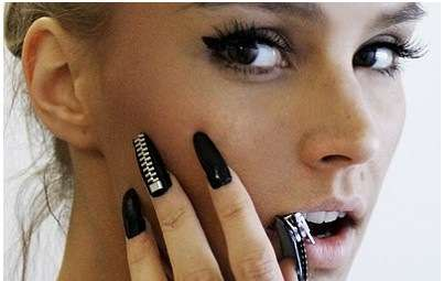 Zipper Nails