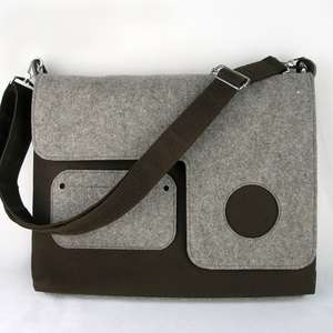 Eco-Friendly Laptop Carriers