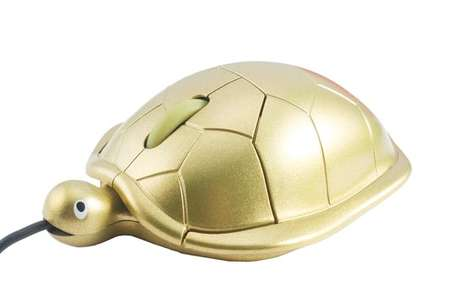 Geeky Gilded Computer Gadgets - The USB Turtle Mouse is a Cute Way to Change Up the Office