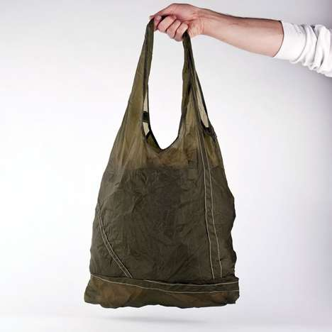 The Temple Parachute Tote is Both Practical and Stylish