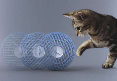 Pet Powered Humidifiers : Wool Ball Hybrid Humidifier