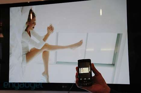 Photo-Flipping Technology - The LG Optimus 7 Sends Photos Straight to Your TV Wirelessly