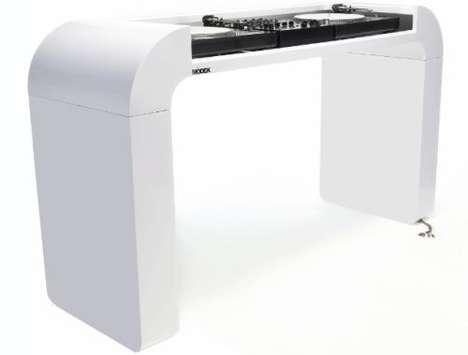 Sleek White Turntables