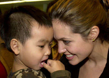 School Principle Protects Brangelina From Other Parents
