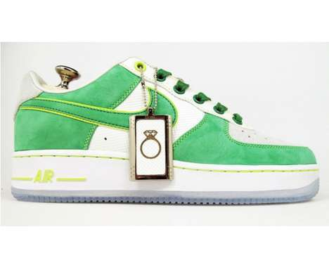32 Fly Air Force Ones