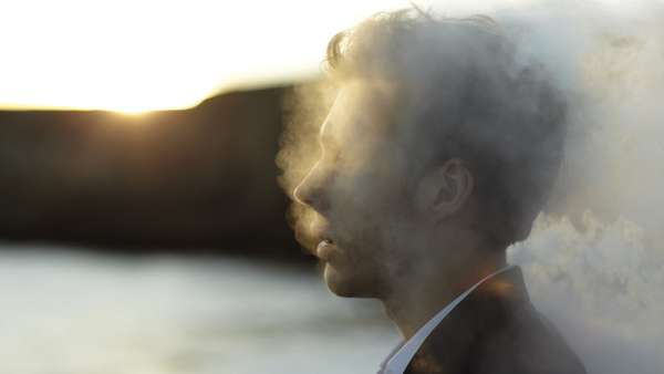 Smoking Head Photography : Romain Laurent Burnout Syndrome