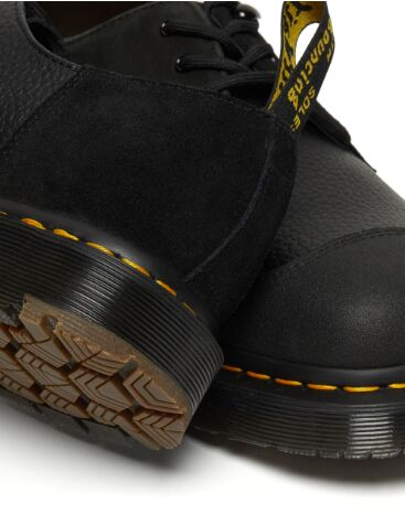 Winter-Ready Grippy Oxford Shoes