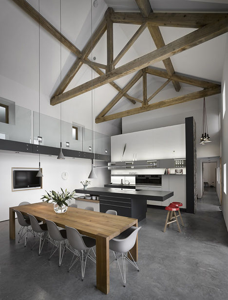 Reinvigorated Barn Homes