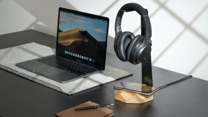 Smartphone-Charging Headphone Stands