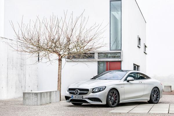 Curve-Tilting Cars : 2015 Mercedes-Benz S63