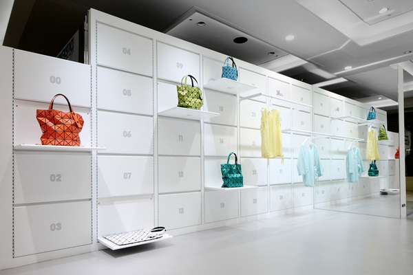 Fold-Away Fashion Stores