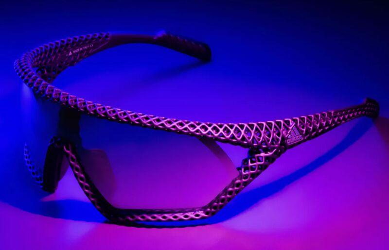 Lightweight 3D-Printed Sunglasses