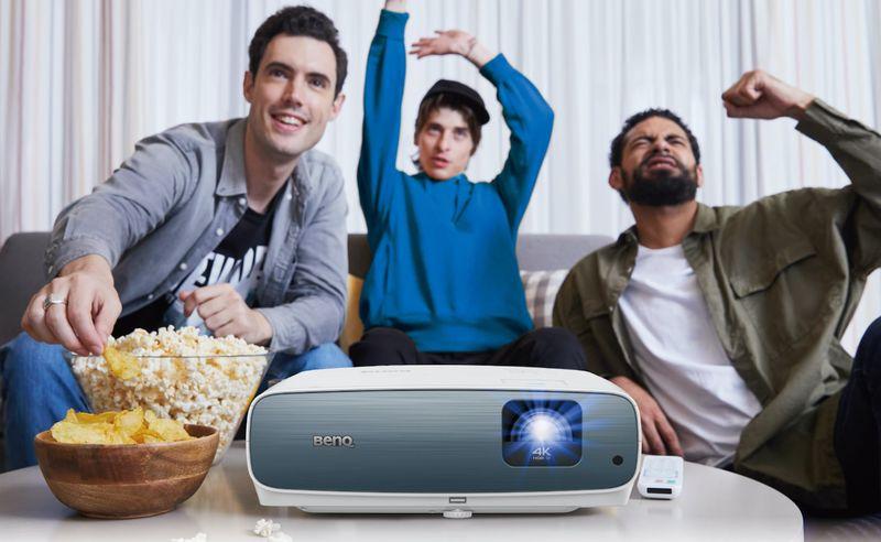 Dynamic Entertainment Projectors