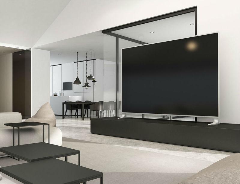 Super-Sized Smart TVs