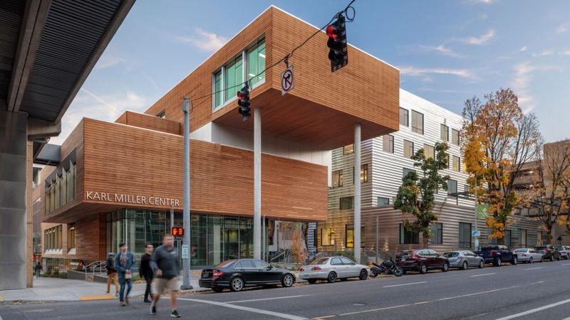 Maze-Like Academic Buildings