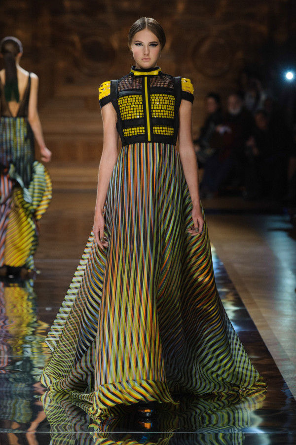 Linear Kaleidoscopic Fashion