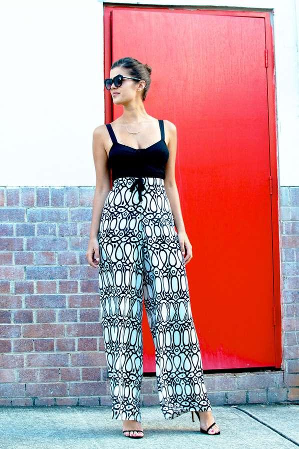 DIY Monochromatic Motif Trousers