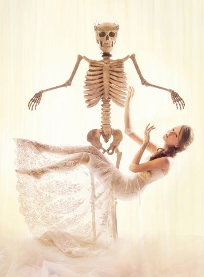 Romantic Corpse Bride Captures
