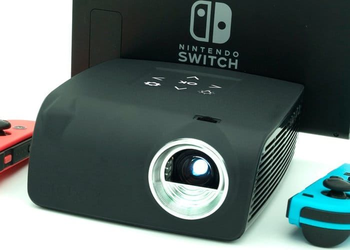 Compact Game Console Projectors