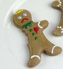 Maimed Gingerbread Baking