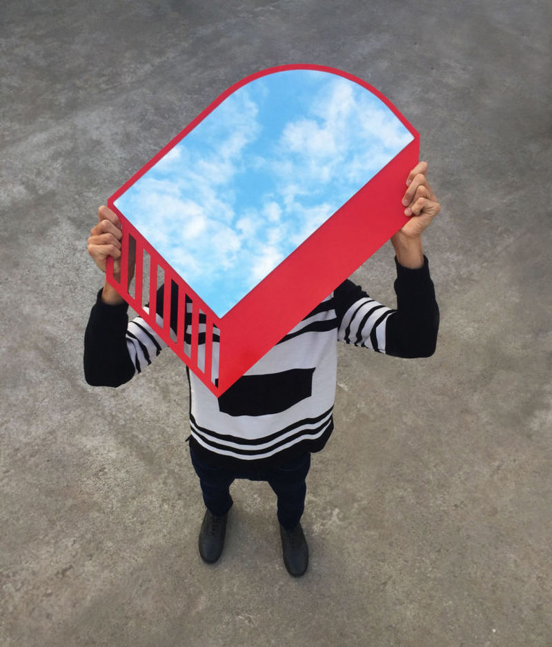 Stunning Abstract Mirror Silhouettes