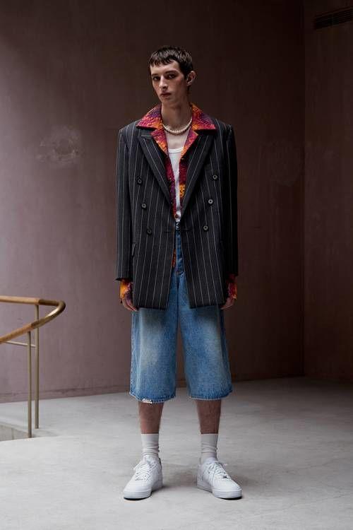Psychedelic Retro Bold Fashion