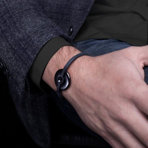 Streamlined Screen-Free Smartwatches